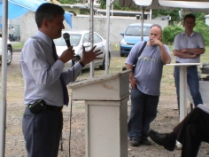 theo heyliger answer the questions photos judith roumou st maarten news (6)