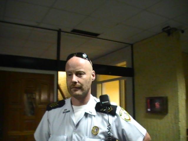 dutch racist trash at the sxm police department photos judith roumou (45)