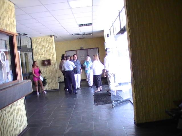 king family thanks sxm police dept photos judith roumou (32)