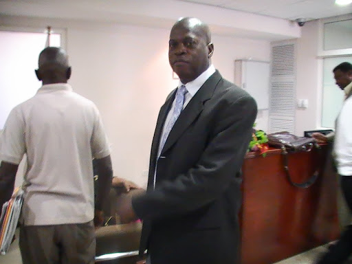 Although convicted and imprisoned Louis Laveist manage to get enough votes in 2010 to return to parliament