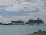 carnival cruise ship stranded in st maarten photos judith roumou (32)