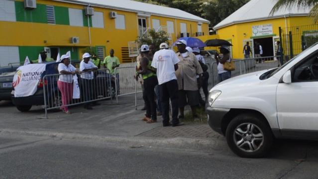 judith roumou photos sxm election results st maarten 2014 (13)
