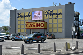 beach plaza casino st maarten robbed
