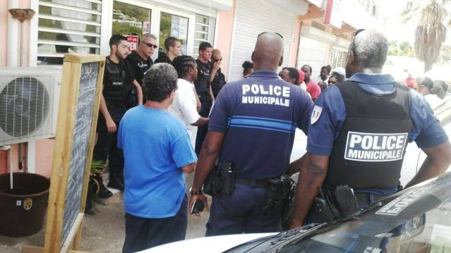 St Maarten Border War: The Unethical French Authorities Vs. The Criminal Dutch Authorities