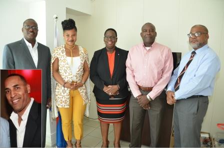 Doncher appoints new board at BTP Sint Maarten Government