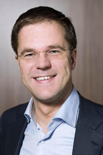 Integrale persconferentie MP Rutte van 15 december 2017 New Video